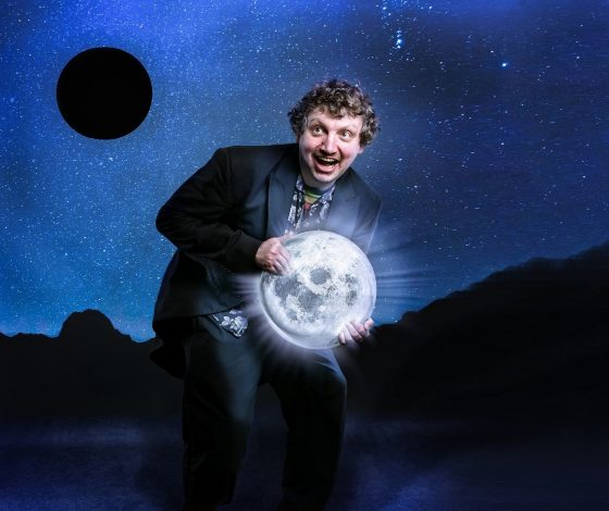 publicity image of Paul Vickers for the show Twonkey's Greatest Twitch