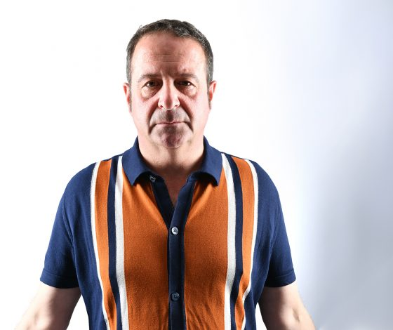 publicity image of Mark Thomas for the show 50 Things About US