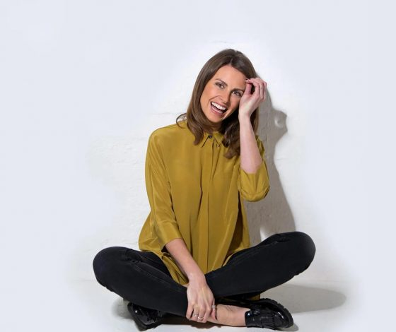 publicity image of Ellie Taylor in the comedy show Ellie Taylor is Limbering
