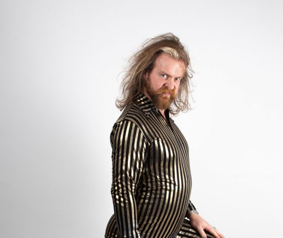 Publicity Image of Paul Currie for the comedy show Teet